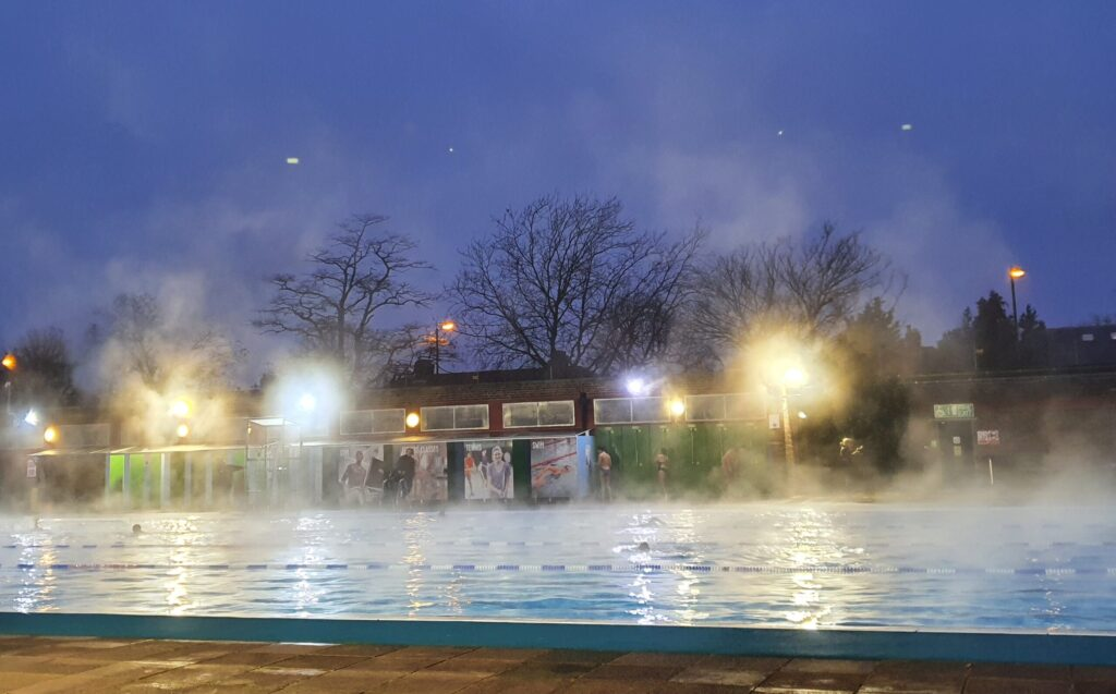Early morning at the Lido